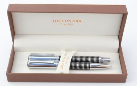 Jos Von Arx Prestige WR05 Ballpoint and Rollerball Rings Black Lacquer Pen Set
